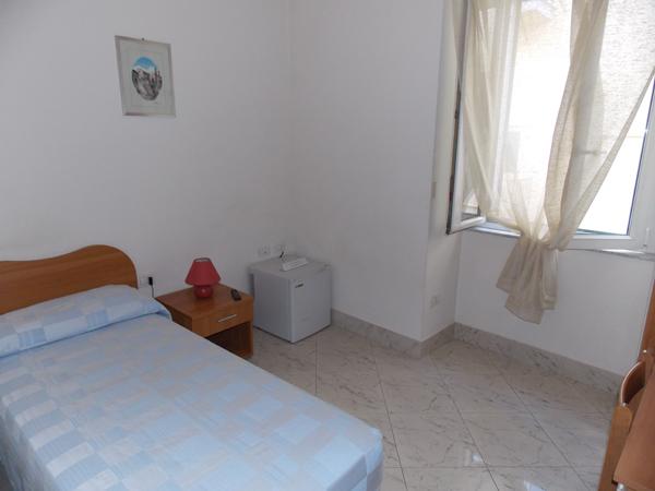 camera-singola-albergo-roma-matera